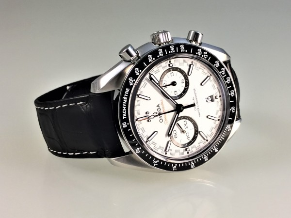Omega Speedmaster Racing Co-Axial Master Chronometer 44,25 mm 329.33.44.51.04.001, OVP, ungetragen
